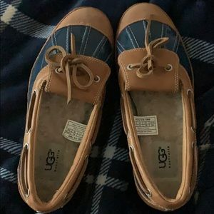 Ugg duck shoes. Size 7